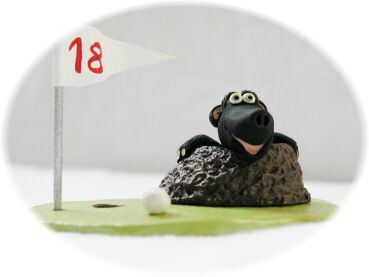 une taupe sur un terrain de golf